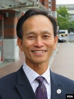 Ông Nam Phạm, Thứ Trưởng Bộ Thương Mại Tiểu Bang Massachusetts, cựu sinh viên Harvard.