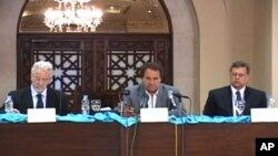 عالمی اداروں کے نمائندے اسلام آباد میں پریس کانفرنس کررہے ہیں