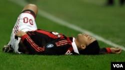 El jugador tiene una lesión leve, por lo que tendrá que perderse el partido en Italia contra el Juventus.