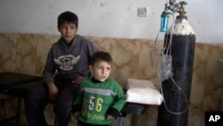 Children at a hospital in Qayyarah