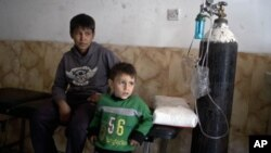 Children at a hospital in Qayyarah