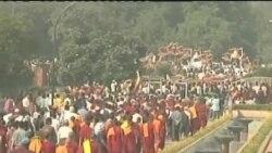 西藏僧侣在印度悼念自焚藏人