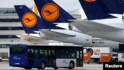 Avioni Lufthanze na frankfurtskom aerodromu