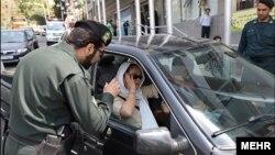 نظارت پلیس بر حجاب سرنشینان خودروها