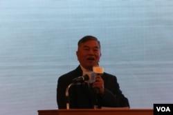 台湾经济部部长沈荣津 (美国之音记者杨明拍摄)