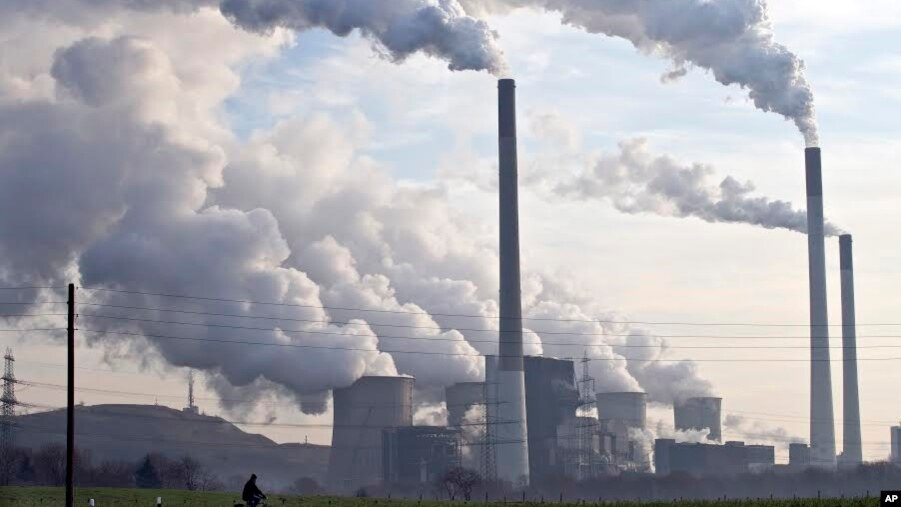 Climate change fight sparks renewed debate in us for Pollution fighting plants
