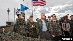 چاک هیگل، وزیر دفاع آمریکا، در کره جنوبی. دوشنبه ۳۰ سپتامبر ۲۰۱۳