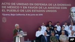 Presiden Meksiko Andres Manuel Lopez Obrador dalam rally di Tijuana, Meksiko, 8 Juni 2019.