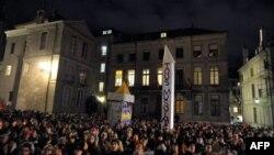 تظاهرات مخالفان ممنوعیت ساخت مناره در سوئیس