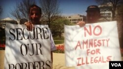 """Thomas Bowie of Maryland and Jim MacDonald, a member of the New Yorkers for Immigration Control and Enforcement group, are opposed to """"anything like amnesty."""" (Photo by Kate Woodsome)"""