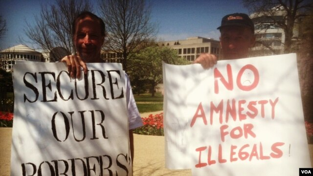 "Thomas Bowie of Maryland and Jim MacDonald, a member of the New Yorkers for Immigration Control and Enforcement group, are opposed to ""anything like amnesty."" (Photo by Kate Woodsome)"