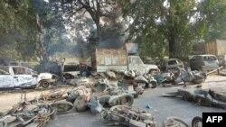 بھارت کی ریاست گجرات میں 2002 میں ہونے والے فسادات کے نتیجے میں ایک ہزار سے زائد افراد ہلاک ہوئے تھے۔ (فائل فوٹو)