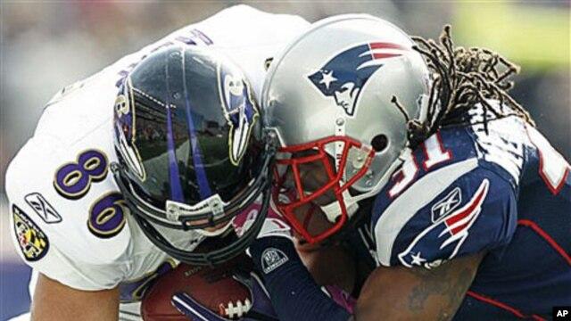 Đội Baltimore Ravens đánh bại đội New England Patriots, 28-13, để đoạt ngôi  AFC.