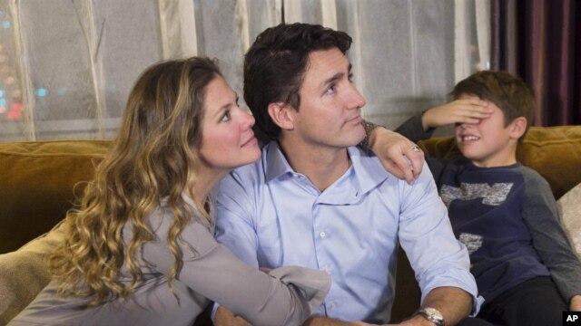 លោក Trudeau ស្បថចូលកាន់តំណែងជានាយករដ្ឋមន្ត្រីថ្មីរបស់ប្រទេសកាណាដា