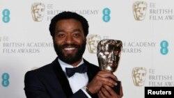 Glavni glumac iz filma 12 Years a Slave, Čivetel Edžiofor osvojio najviše priznanje na dodeli nagrada BAFTA u Britaniji