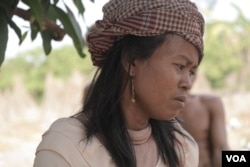 Khean Narom, 42, was shot at a land dispute protest in March of last year, Kratie province's Snuol district, Kratie province, March 2, 2019. (Sun Narin/VOA Khmer)