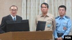 台国防部长不满媒体提问扬言封杀引发抗议