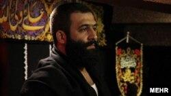 ایرانی مداح احمد قدمي چې اهل سنت ته یې سپکاوی کړی و