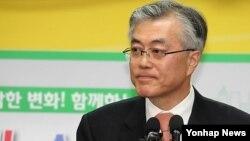 한국 민주당 대선 후보 전반 6개 경선에서 모두 승리한 문재인 후보