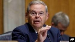 Заместитель председателя сенатского Комитета по иностранным делам Роберт Менендес (