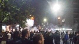 Përleshje në Prishtinë – ndalohet e më pas lirohet Albin Kurti