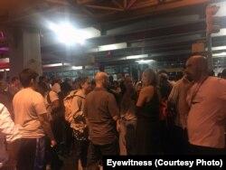 Evacuação no terminal do aeroporto JFK