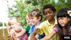 Suka atau tidak, ternyata anak-anak pun sudah memiliki penilaian berdasarkan ras.