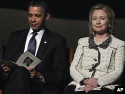 Predsjednik Barack Obama i državna tajnica Hillary Clinton na komemoraciji u Centru Kennedy