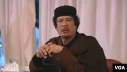 Gadhafi anunció que sus tropas se disponían a atacar Bengasi.