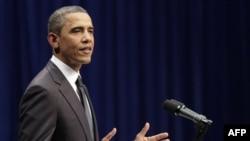 Tổng thống Obama phát biểu tại lễ tưởng niệm các nạn nhân vụ nổ súng ở Arizona, ngày 12/1/2011