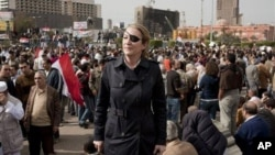 War correspondent Marie Colvin, photographed here in Tahrir square in Cairo, was killed in Syria in 2012. (AP/Ivor Prickett Sunday Times)