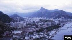 """Cada vez que se realicen 500 accesos al sitio www.carinhodeverdade.org.br, el Cristo Redentor volverá a """"moverse""""."""