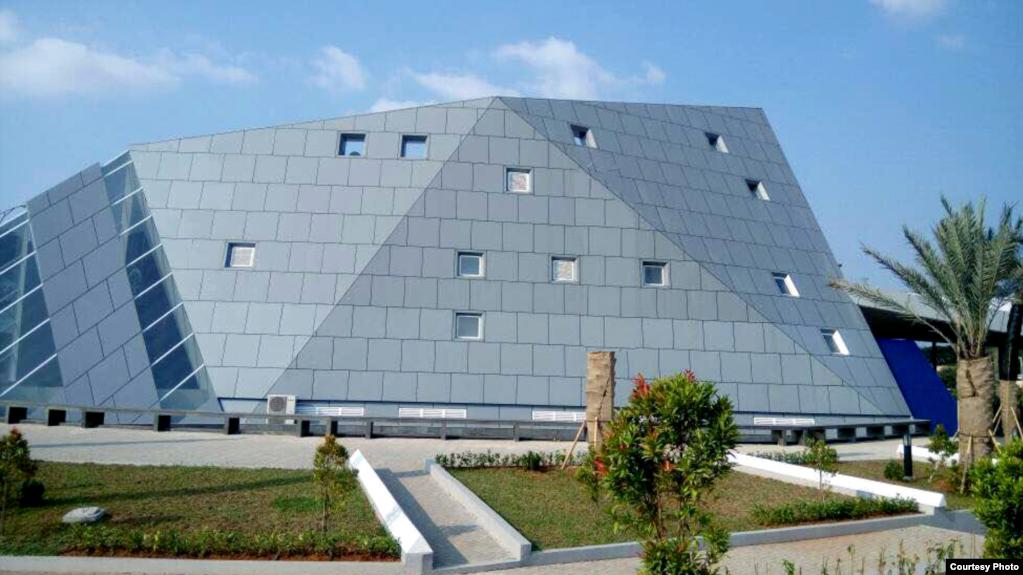 Ridwan Kamil Jawab Tuduhan Soal Masjid Bersimbol Illuminati