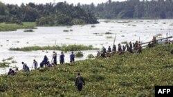 Filipinler'de Nilüferler Nehir Tıkadı