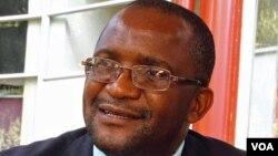VaDouglas Mwonzora