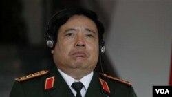 Menteri Pertahanan Vietnam Jenderal Phung Quang Thanh baru menyepakati peningkatan kerjasama militer dengan India.