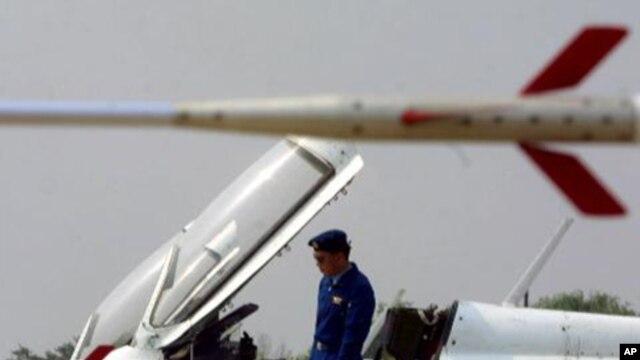 Chiến đấu cơ của quân đội Trung Quốc.