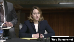国防部副部长提名人选希克斯(Kathleen Hicks)2021年2月2日出席参议院军事委员会有关她的人事提名确认听证会。