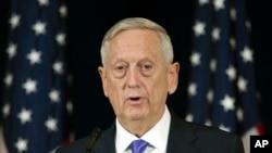 د امریکا د دفاع وزیر په افغانستان کې نظامي ماموریت اجرا کړی