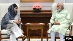 وزیر اعلیٰ محبوبہ مفتی کی وزیر اعظم مودی سے ملاقات