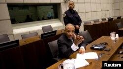 L'ancien président libérien Charles Taylor lors de son procès devant le Tribunal spécial pour la Sierra Leone à Leidschendam, le 8 février 2011.
