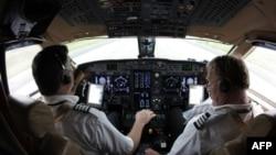 Российские летчики: безответственные лихачи или уникальные асы?