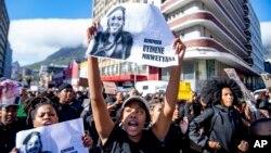تظاهرات معترضان به خشونتهای جنسیتی در افریقای جنوبی
