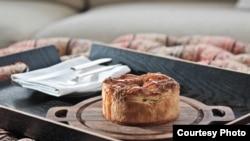 Pie apple, salah satu menu spesial bagi tamu suite kepresidenan di Park Hyatt (Courtesy Photo).