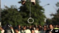 آرشیو از یک صحنه اعدام در ایران