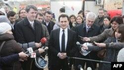 Potpredsednik vlade Srbije Božidar Đelić obraća se novinarima