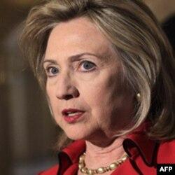 Državna sekretarka je u ime Obamine administracije osudila nasilje u Libiji