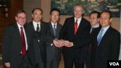 Para delegasi ke perundingan enam pihak soal program nuklir Korut yang kini terhenti (foto: dok).