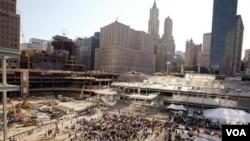 Miles de trabajadores dicen que el polvo venenoso y otras sustancias a las que estuvieron expuestos durante el 9-11 les causaron cáncer y otras enfermedades.