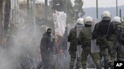雅典出現警民衝突。